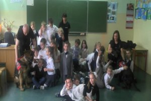 Pokazy w szkole podstawowej nr 10 w Szczecinie