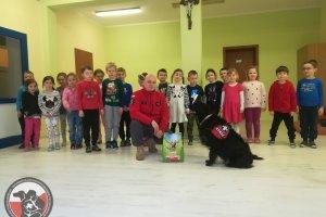 """Z projektem """"Pies przyjaciel Dziecka"""" w Zespole Szkół Salezjańskich w Szczecinie."""